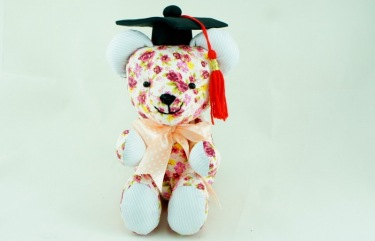 Beehum handmade teddy bear plush toy with mortarboard